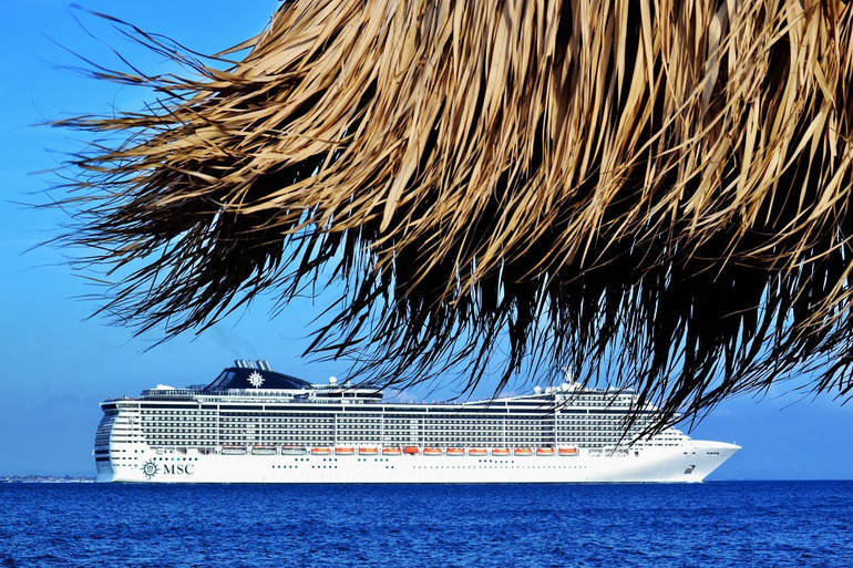 Picture of cruise boat